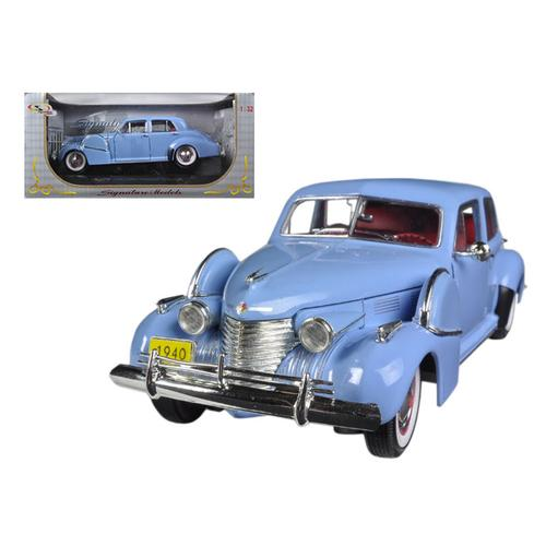 1940 Cadillac Sixty Special Blue 1/32 Diecast Car Model by Signature Models F977-32361bl