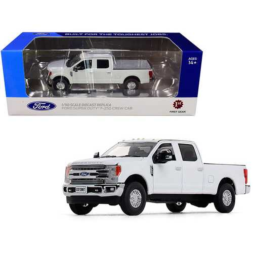 Ford F-250 Crew Cab Super Duty Pickup Truck Oxford White 1/50 Diecast Model Car by First Gear F977-50-3420