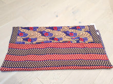 Load image into Gallery viewer, Traditional Bengali vintage cotton kantha quilt (beige + blue geometric)