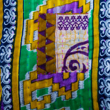 Load image into Gallery viewer, Traditional Bengali vintage cotton kantha quilt (beige + purple geometric)