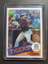 Load image into Gallery viewer, 2020 Topps Update Willi Castro Rookie Silver Pack Mojo Refractor
