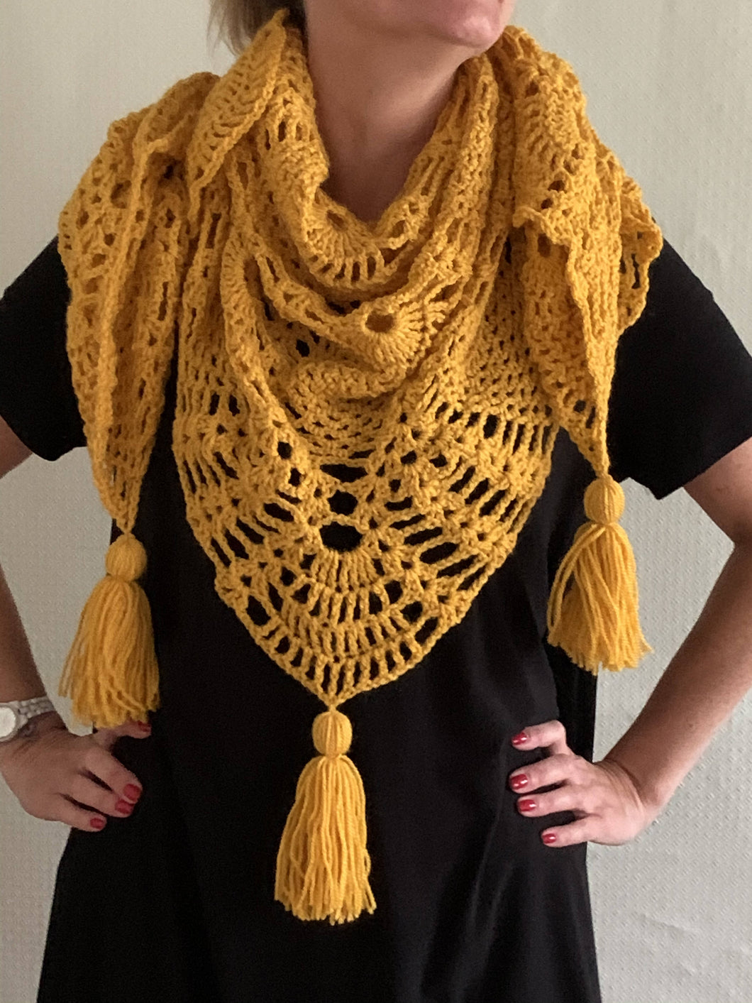 Pineapple design shawl-wrap