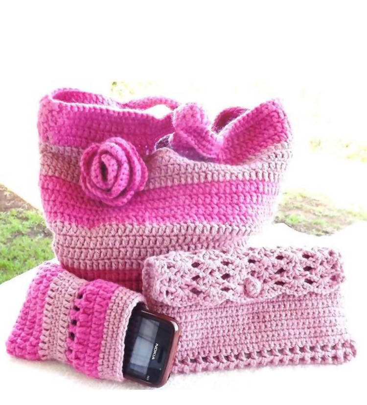 Crochet Beach Bag Pattern, with additional pattern for Clutch Bag & Mobile Cover