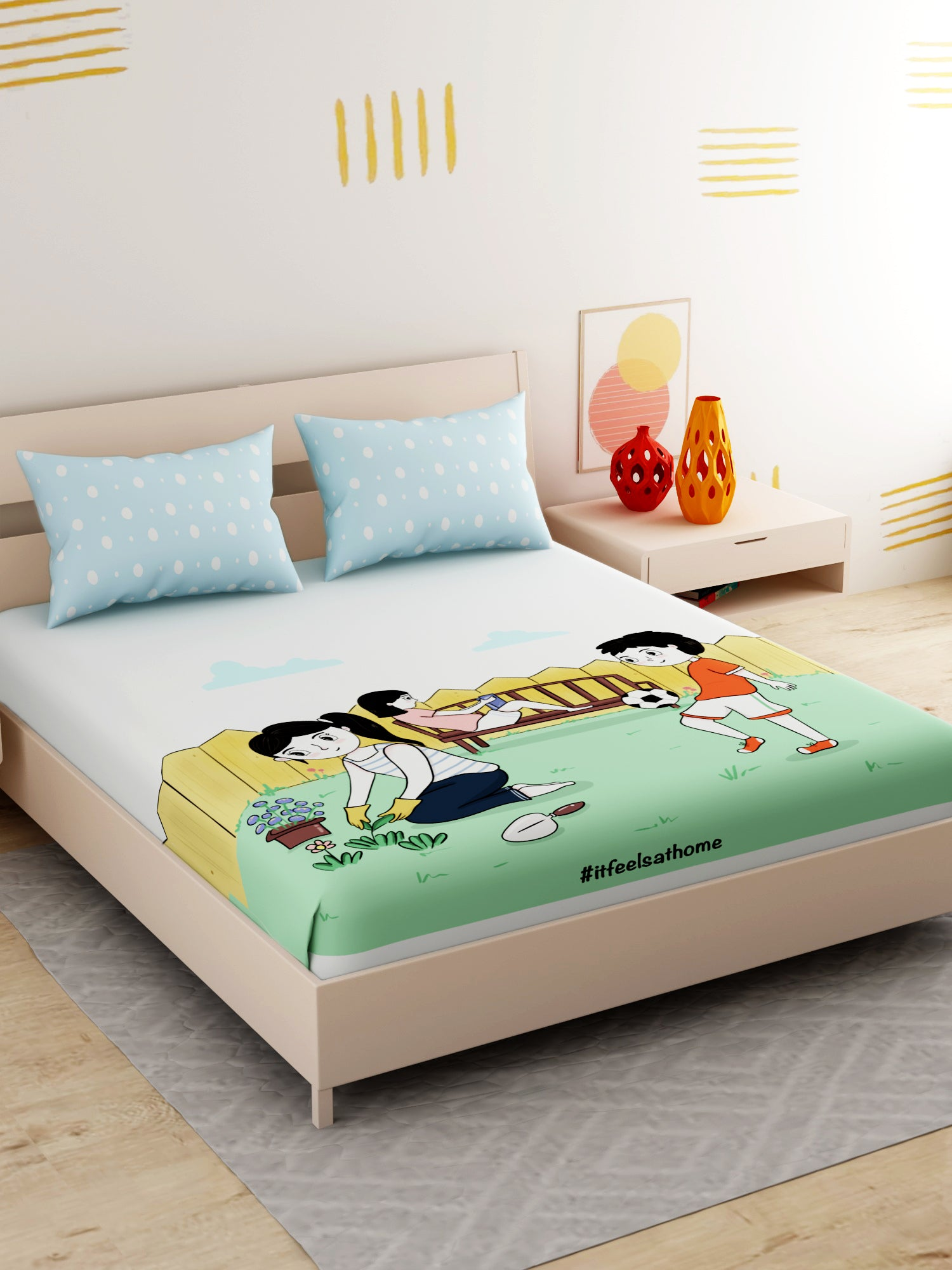 It Feels At Home King Size Double Bedsheet with 2 Pillow Cover