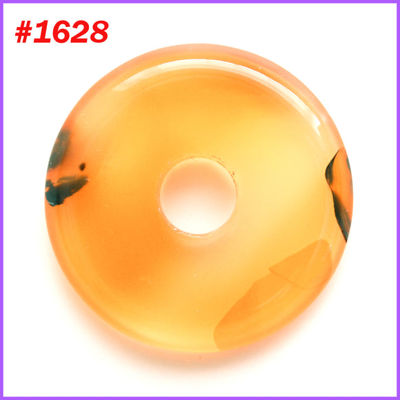 Donut shaped agate stone pendant - 1628