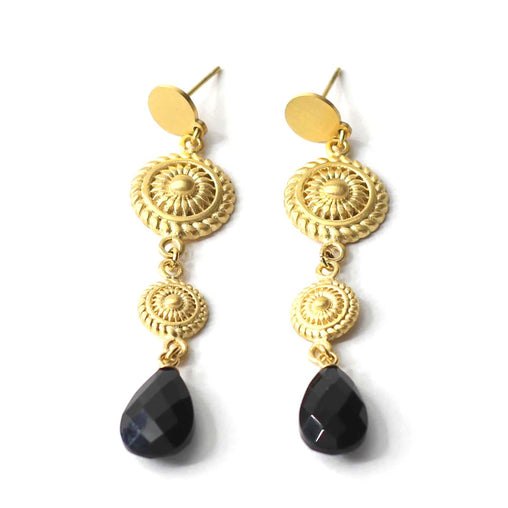 Chandelier earrings fra Farmhousedesign.no