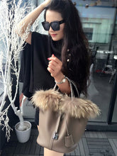 Load image into Gallery viewer, LUCDO Real Fox Fur Hair Hand Bag Genuine Leather Ladies Handbag Famous Brand Designer Women Tote Bag Picotin Lock Bucket Bag Hot