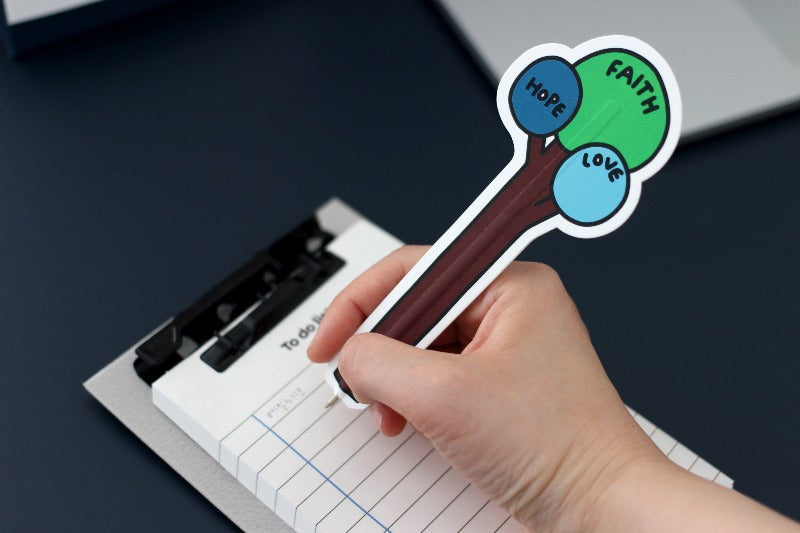 Perfect for notetaking and it has a very cute design!