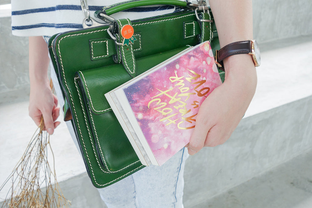 compact notebook can be carried around everywhere