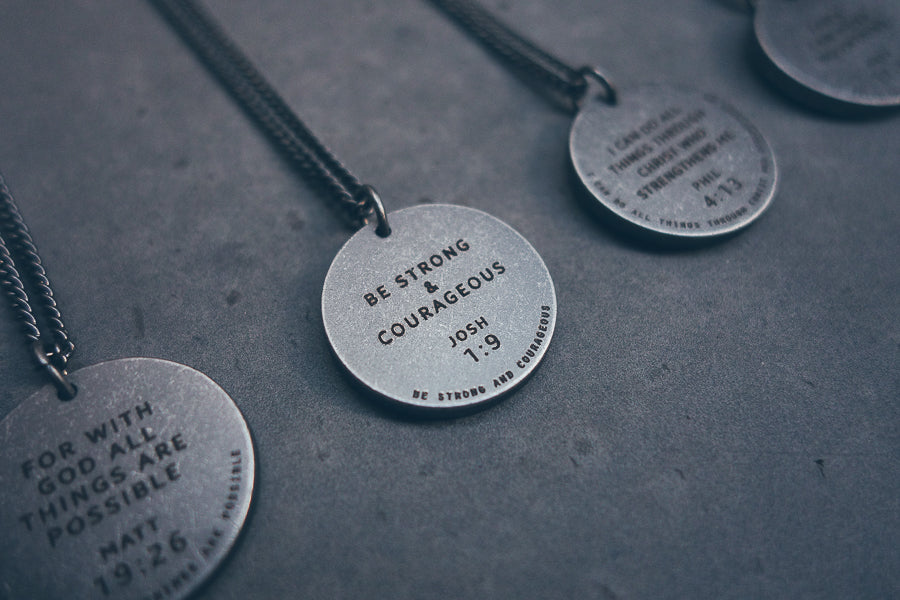 Be strong and courageous Joshua 9:1 engraved on gunmetal round necklace