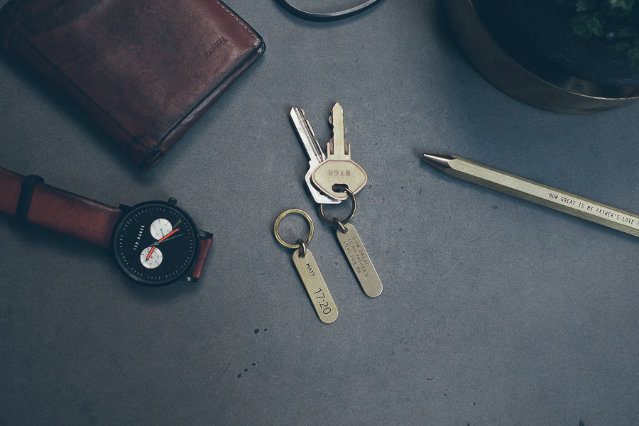 Personalisation is available for the brass key chain. Amazing personalised thoughtful gifts for your fathers.