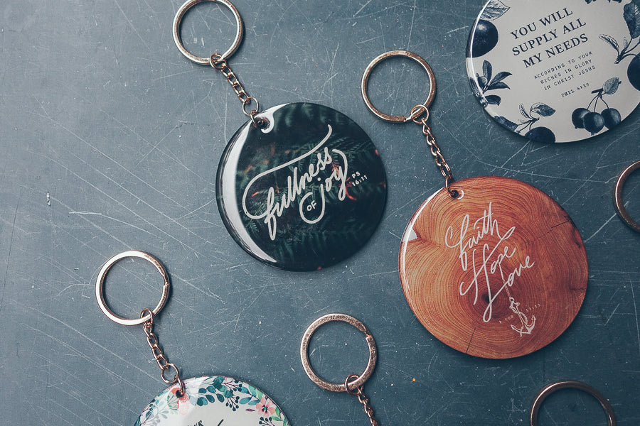 Assorted inspiring message on keychains
