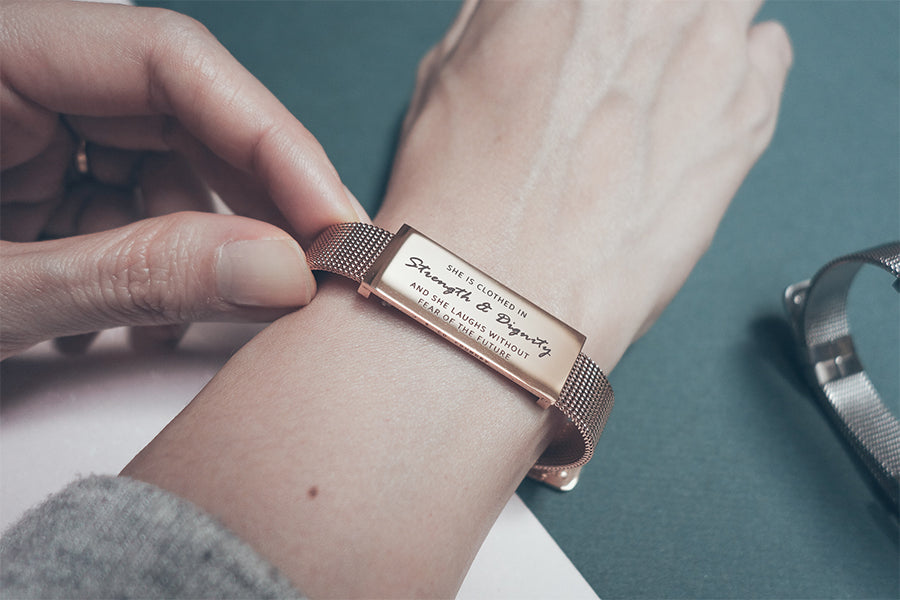 J&Co Foundry Classic Little Message Plate Bracelet