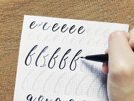 Learn how to do calligraphy beginner class Aly Letters