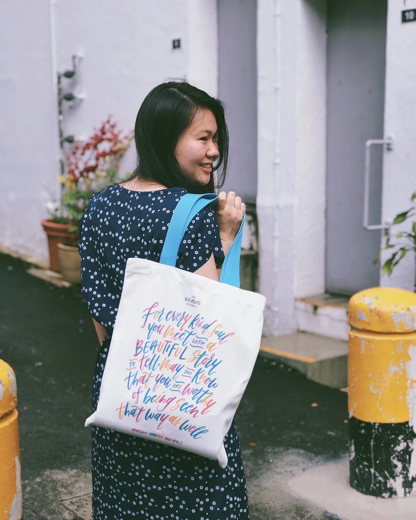 Tote bag with inspirational messages for women. Great gifts for girls. White totebag with blue straps and colourful typography with an inspiring message. Measurement: 41cm (H) x 34cm (B) / Strap 28cm