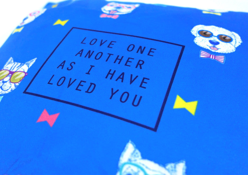 love one another cushion cover blue with dog details. Perfect gift for animal lovers out there!