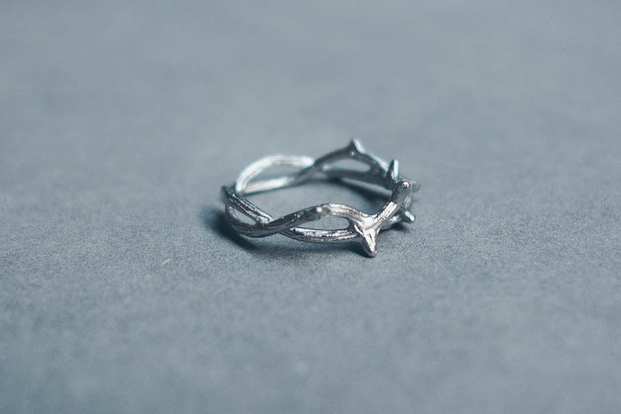 Crown of Thorns {Ring}