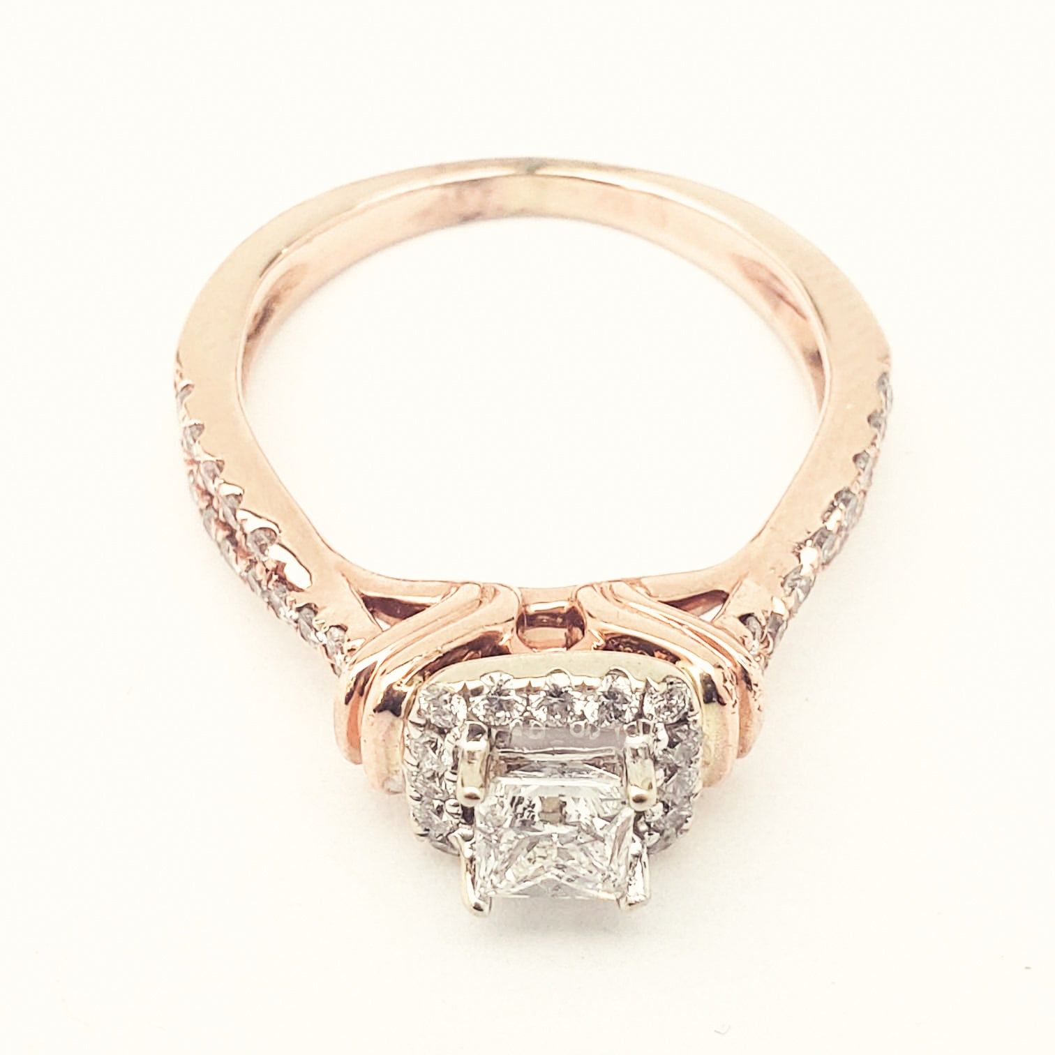 Ladies 14K Rose Gold Solitaire Diamond Ring - Size 5.5