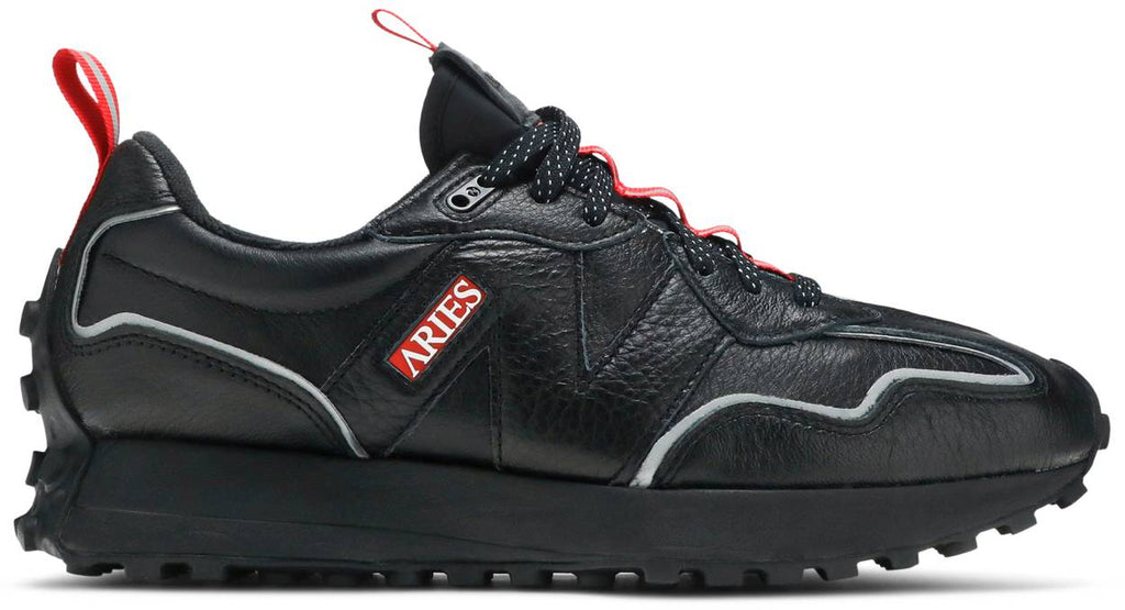 New Balance Aries x 327 'INVINCIBLE II - Black'
