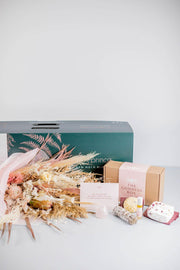 The Goddess Hamper - New Moon Blooms