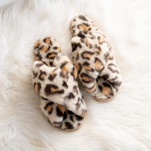 Load image into Gallery viewer, Cozy Leopard Slippers