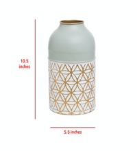 Load image into Gallery viewer, Marian Modern Brass Vase