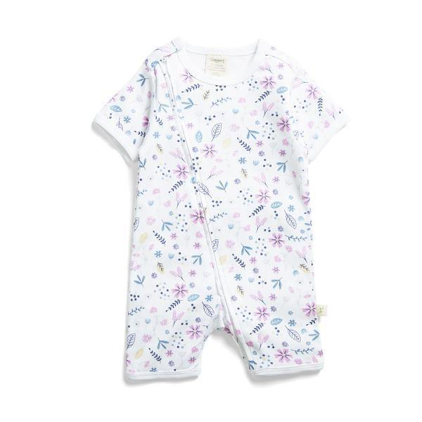 Zipsuit Porcelian Floral Supersoft GOTS certified 100% Organic Cotton. High quality ZIP from shoulder to thigh. No bagging under the chin. Supporting back flap to keep baby's skin safe from getting caught in the ZIP. Available at My Harley and Rose.