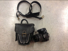 Load image into Gallery viewer, Handmade Leather Black Camera Purse