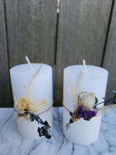 Load image into Gallery viewer, Dried Flower Bouquet with Candle set Gift box