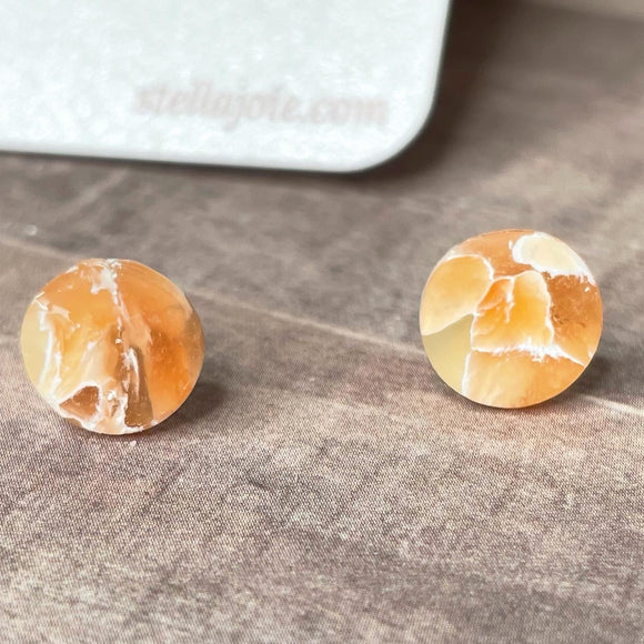 Himalayan Salt Stud Collection