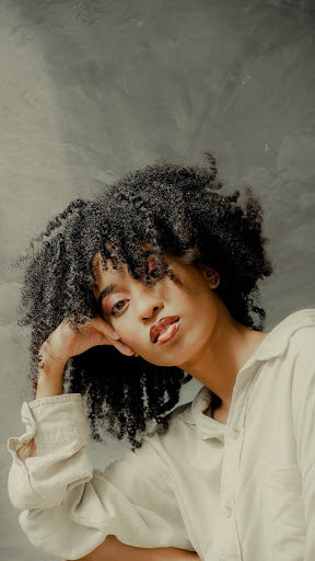 4 Ways to Give Your Natural Hair the Immediate Moisture It Needs