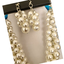 Load image into Gallery viewer, Pearl Necklace Set