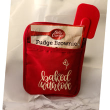 "Load image into Gallery viewer, Custom Pot Holder Kitchen Set-Red ""Baked With Love"""