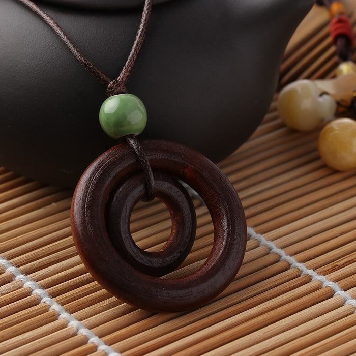 1 Pcs Fashion creative dreams simple fashion Double-circle Pendant Brown Rope Chain Handmade Resin Wood Necklace