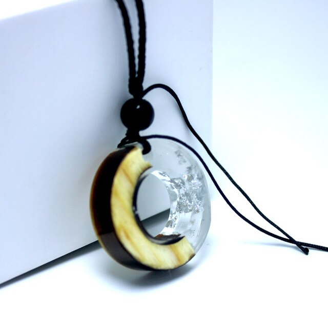 Solid Wood Pendant Necklace / Sweater Pendant / Ethnic Travel Jewelry / Solidified Time Resin Handbag Pendant NX-A2