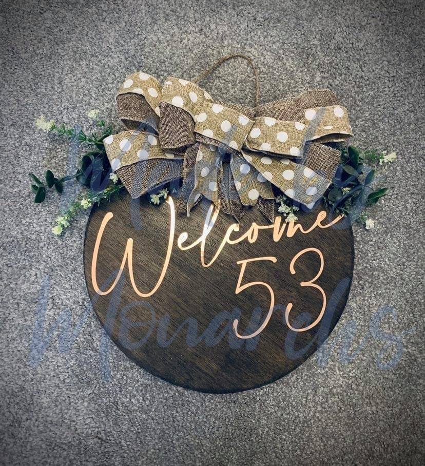 Wooden Outdoor House Number / Name Sign With Bow