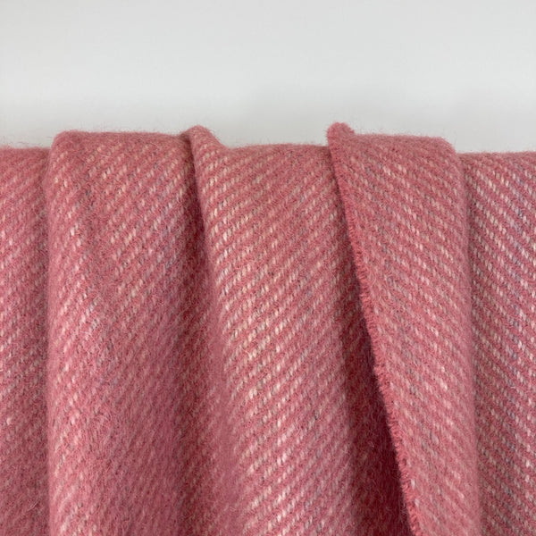 Milnsbridge Blanket - 100% Wool - Pink