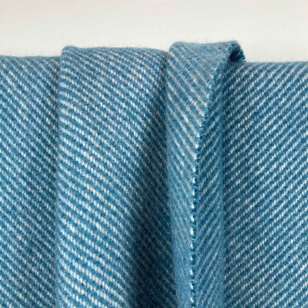 Milnsbridge Blanket - 100% Wool - Teal