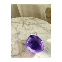 Load image into Gallery viewer, Glass bowl lilac