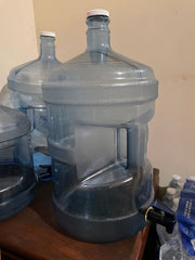 5-gallon-water-jug-with-spout-bacteria-experiment-placement2