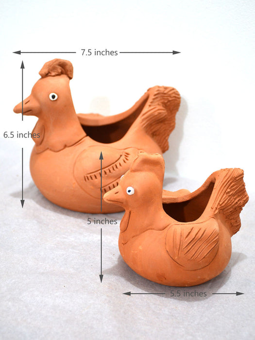 Pet Themed Hen Terracotta Pot (Set of 2)
