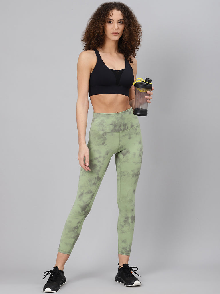 Fitkin Women Green & Black Tie & Dye Printed Quick Dry Cropped Training Tights