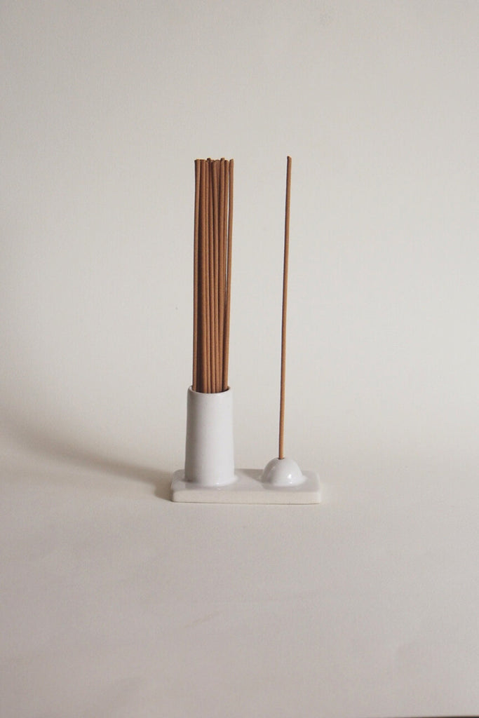 Hold and Release Incense Vessel - Kura Studio