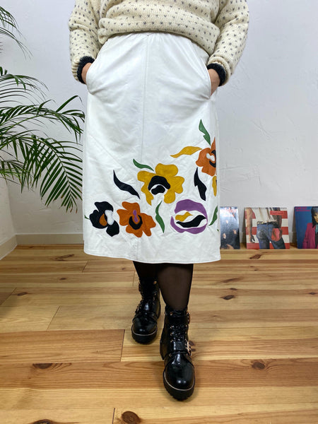 UK14/16 White leather skirt with flowers