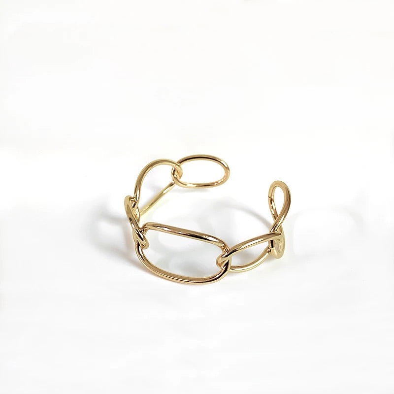 LASSIE Curb Link Big Circle Adjustable Bangle