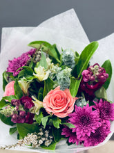 Load image into Gallery viewer, Mothers Day Mixed Floral Bouquet
