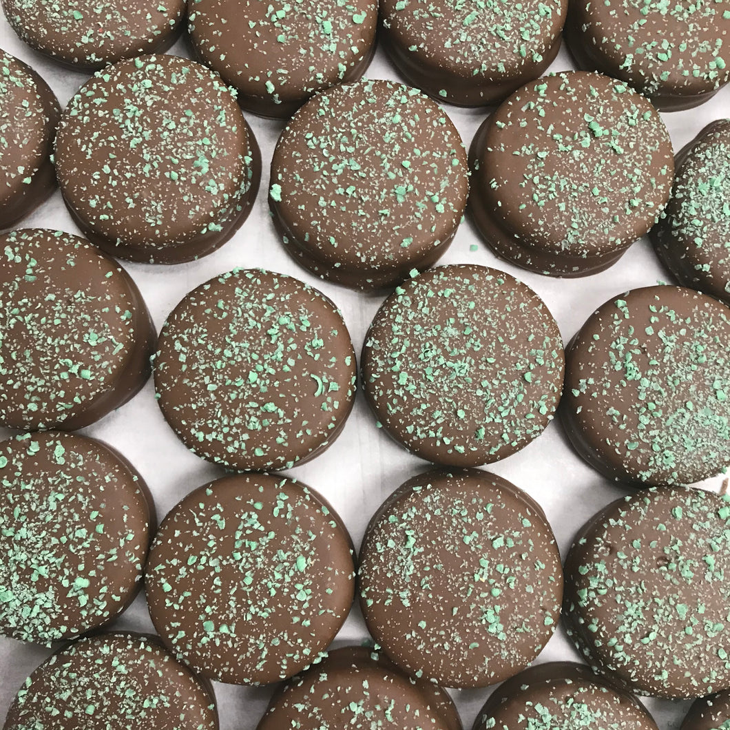 Mint Flavor Creme Center Oreo, Chocolate Coated