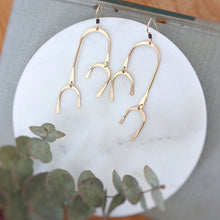Load image into Gallery viewer, Arch Chime Earrings