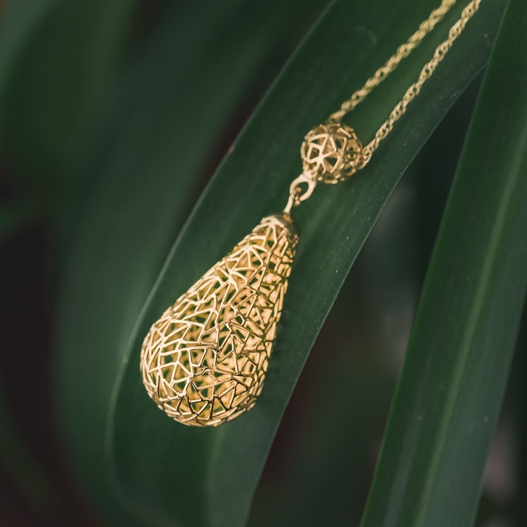 Gold  Raindrop Necklace