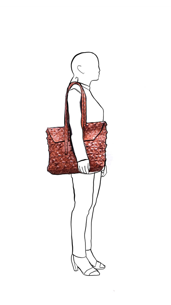 Barney Bag Large in Saddle Brown